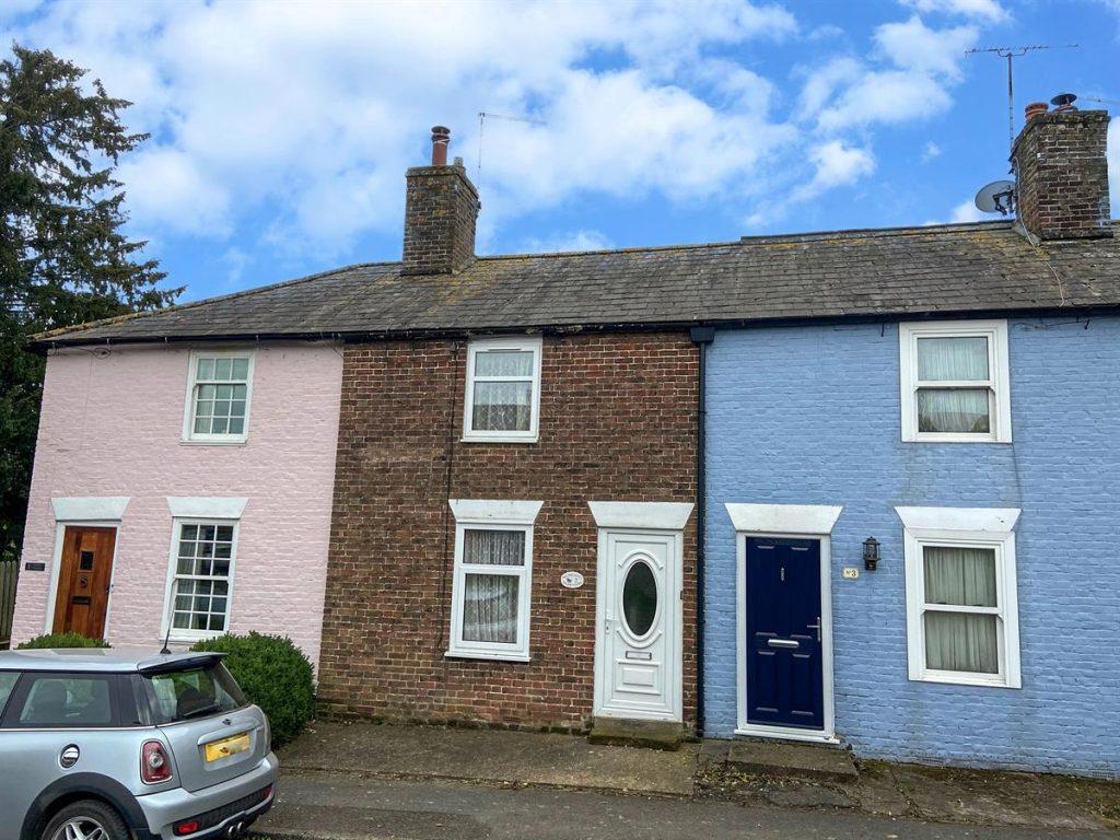 Walton Cottages, Sandwich Road, Eastry, Sandwich