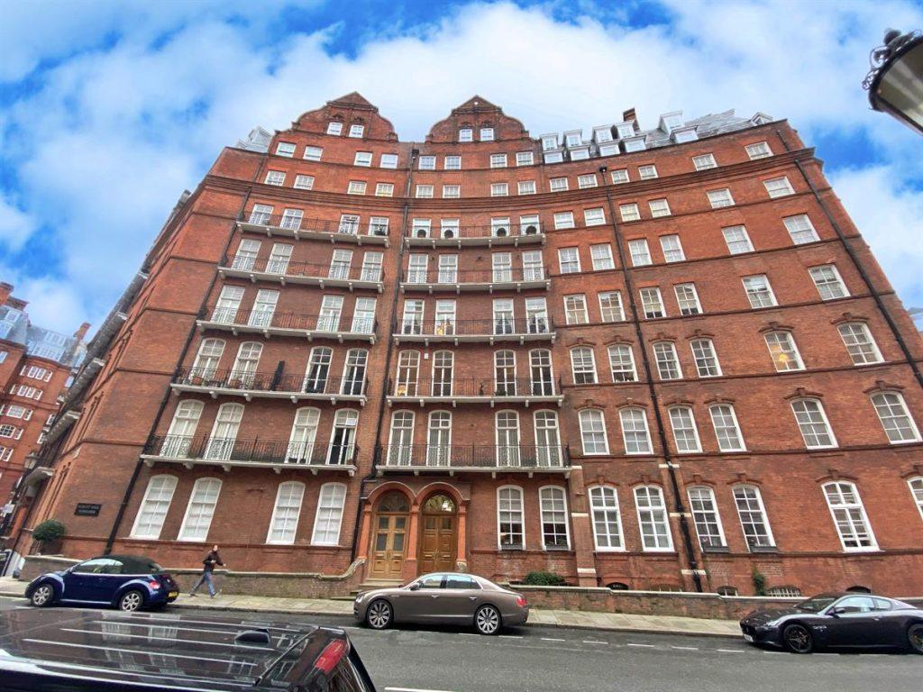 Flat a, Albert Hall Mansions, Kensington Gore, London