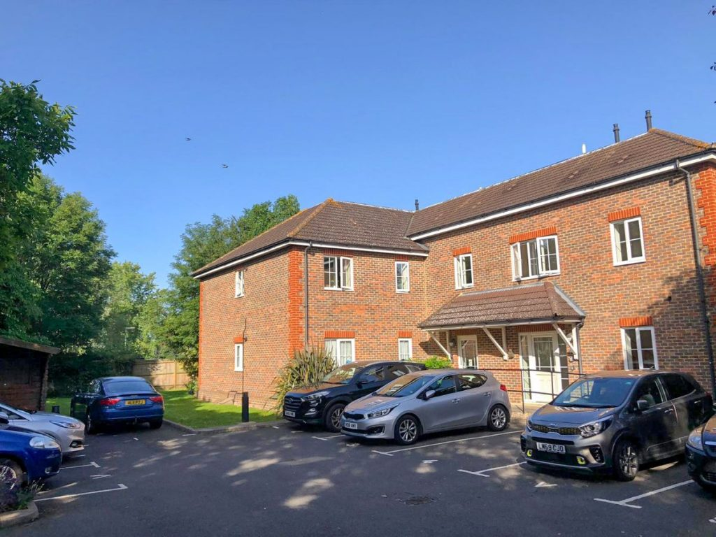 The Grange, De Havilland Way, Stanwell, Staines-upon-Thames