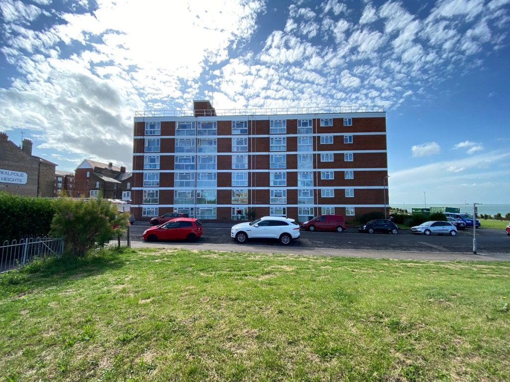 Flat , Queens Lodge, Third Avenue, Cliftonville, Margate